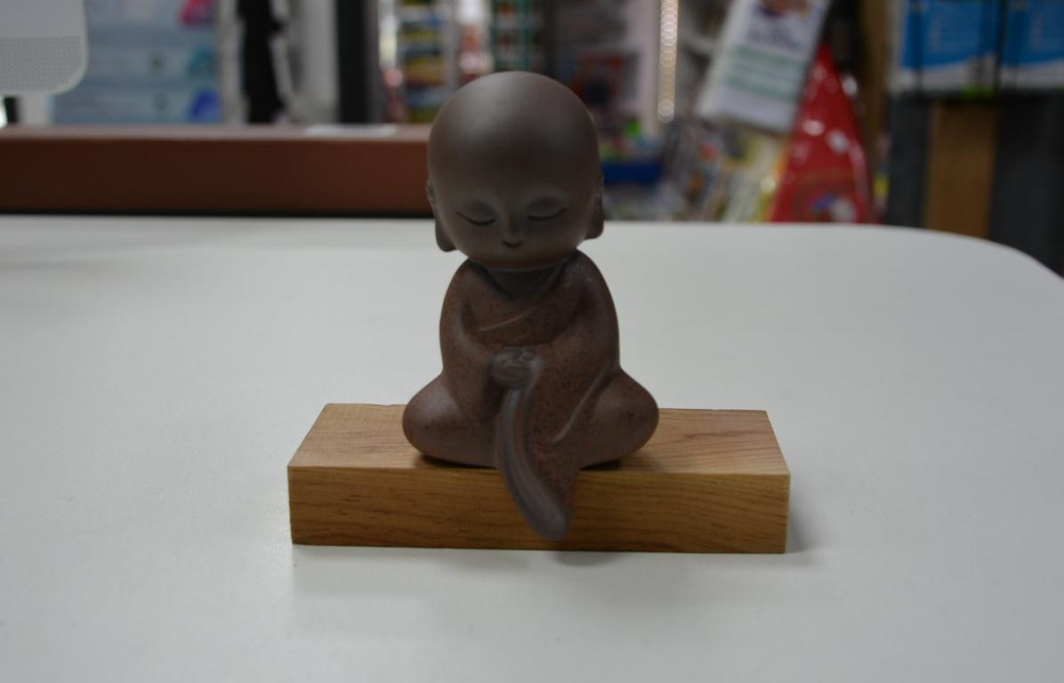 bouddha-statuette-porcelaine