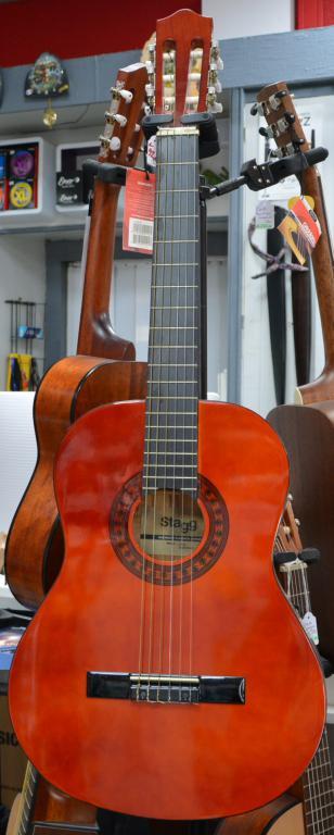 guitare-classique-corde-nylon-stagg
