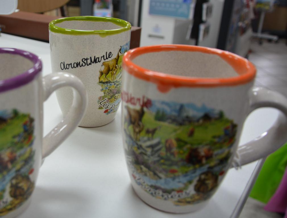 mug-gré-orange-vert-violet-oloron souvenir